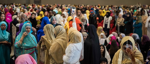 DAVID LIPNOWSKI / WINNIPEG FREE PRESS  Attendees prior to EID prayers at the RBC Convention Centre for the end of Ramadan Sunday June 25, 2017.