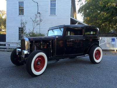 1932 Chevrolet Confederate ......... Hot Rod