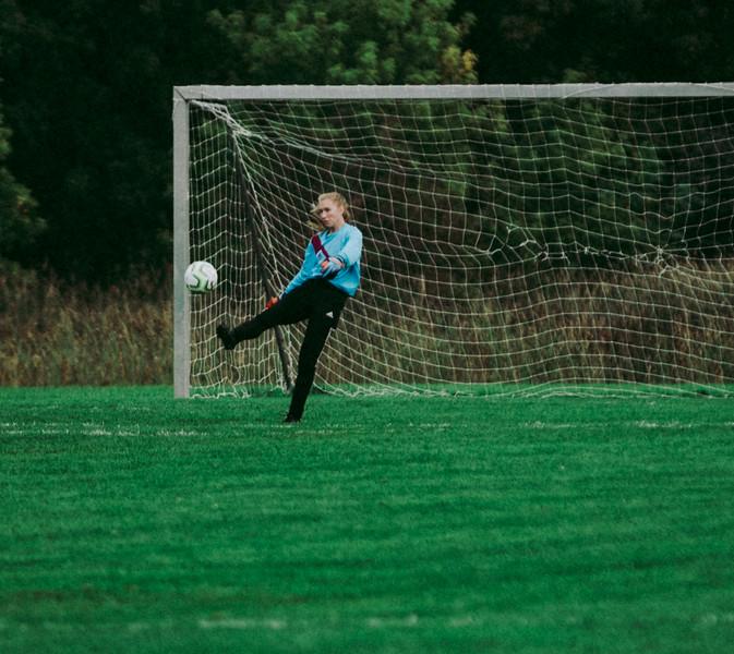 Holy Family Girls Varsity Soccer vs. Glencoe-Silver Lake, 9/24/19: Sydney Paulsen '20 (1)