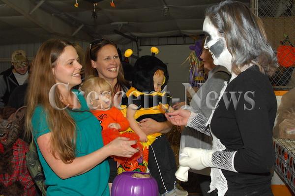 10-29-16 NEWS Bryan Community Halloween Party
