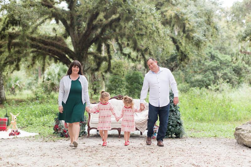 Holiday Minis- Bogie Family-14.jpg