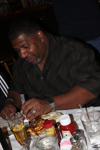Hanging with the Family Lester Resturant and Movie Date