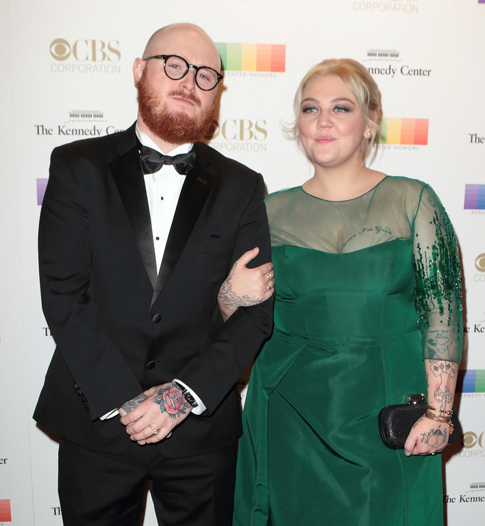 . Andrew Ferguson, left, and Elle King attend the 39th Annual Kennedy Center Honors at The John F. Kennedy Center for the Performing Arts on Sunday, Dec. 4, 2016, in Washington, D.C. (Photo by Owen Sweeney/Invision/AP)
