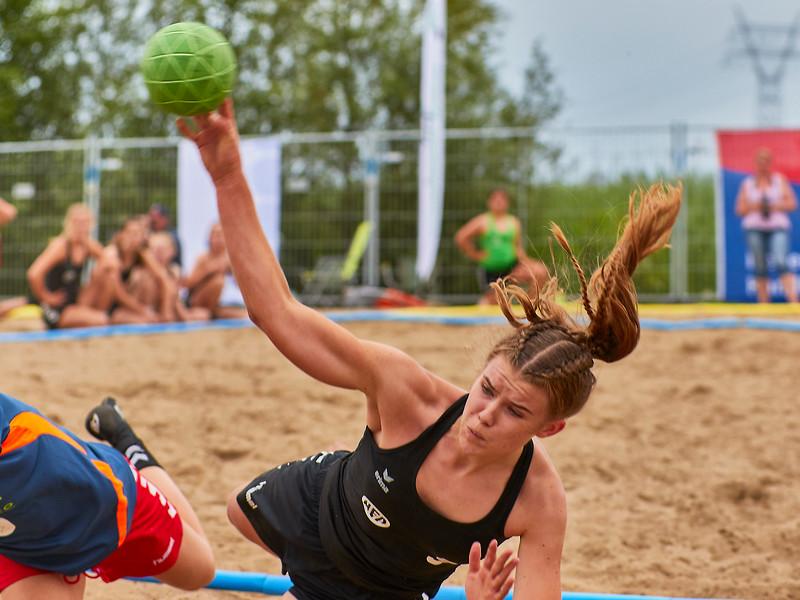 Molecaten NK Beach Handball 2017 dag 1 img 408.jpg