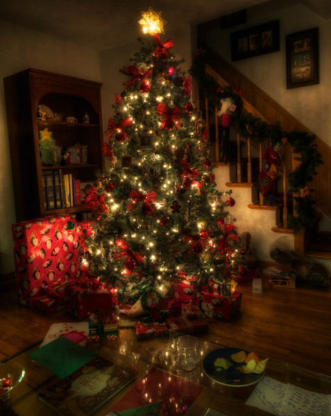 Family-Christmas-Tree.jpg