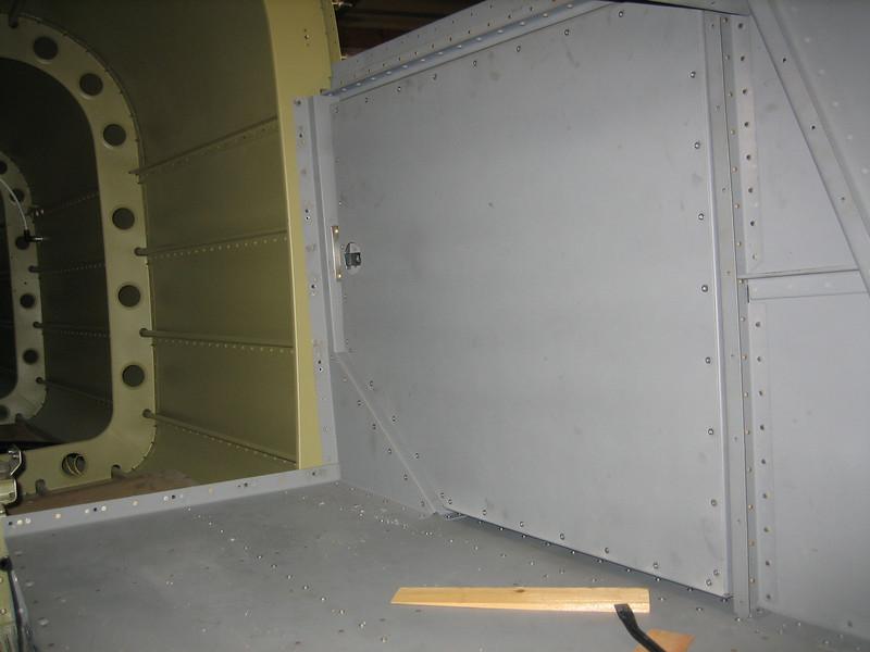 Baggage Door32.jpg