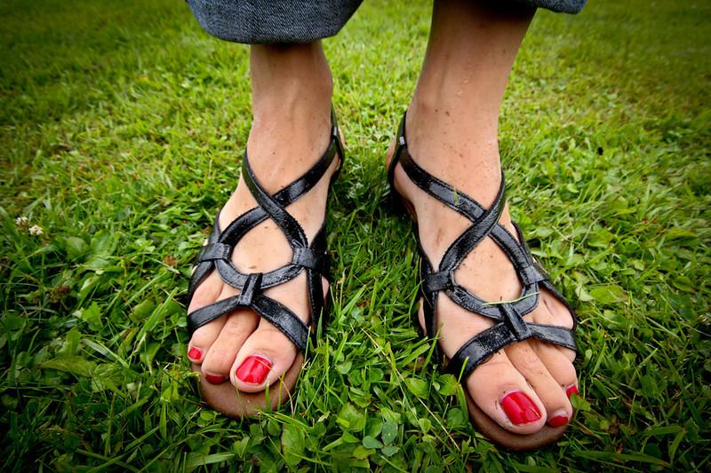 Kristians wedding feet-8.jpg