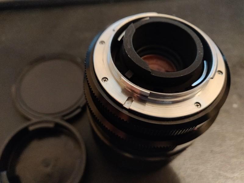 Leica R 28mm–70mm 3.5–4.5 Vario Elmar-R - Serial 3543320 006.jpg
