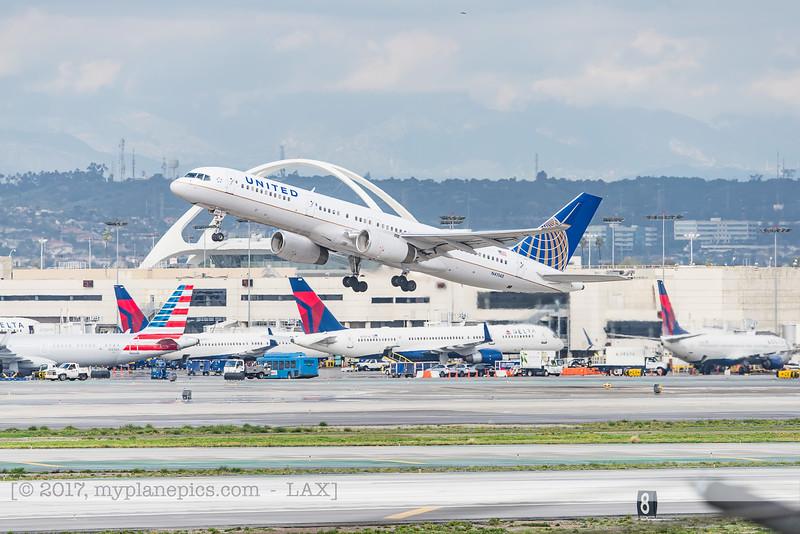 F20170218a143952_4774-Boeing 757-224-United-N41140.jpg