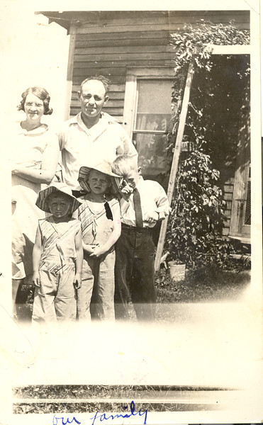 Olson Family picture ~1932.jpg