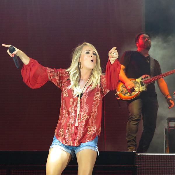 Carrie Underwood-88266.jpg
