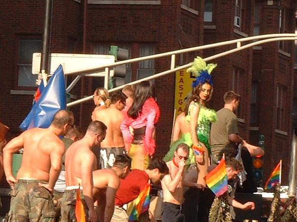 Pride Parade 2001-105.jpg