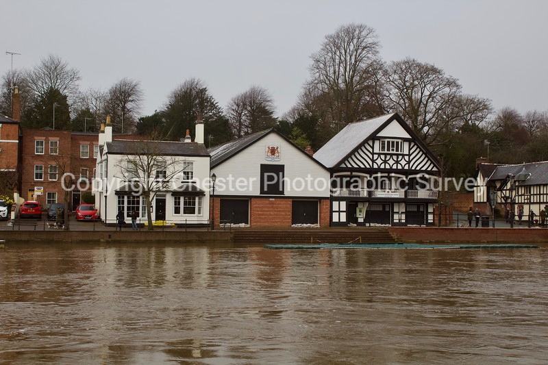 The Moorings 14 and  Boathouse: The Groves