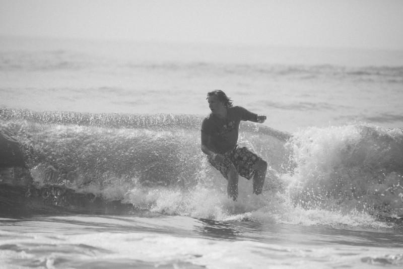 Surf_BW_041.jpg