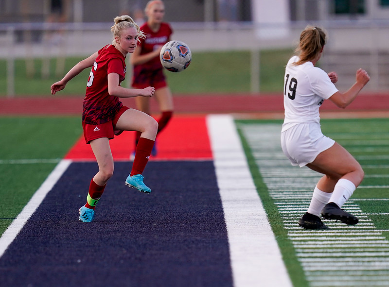CCHS-vsoccer-pineview1692.jpg