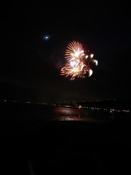Hawaii - July 4th Fireworks-4.JPG