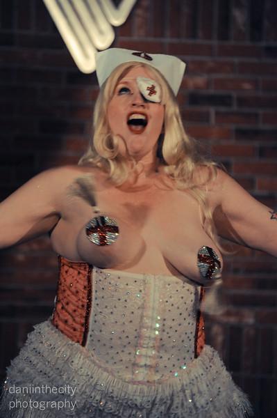 Burlesque (44 of 88).jpg