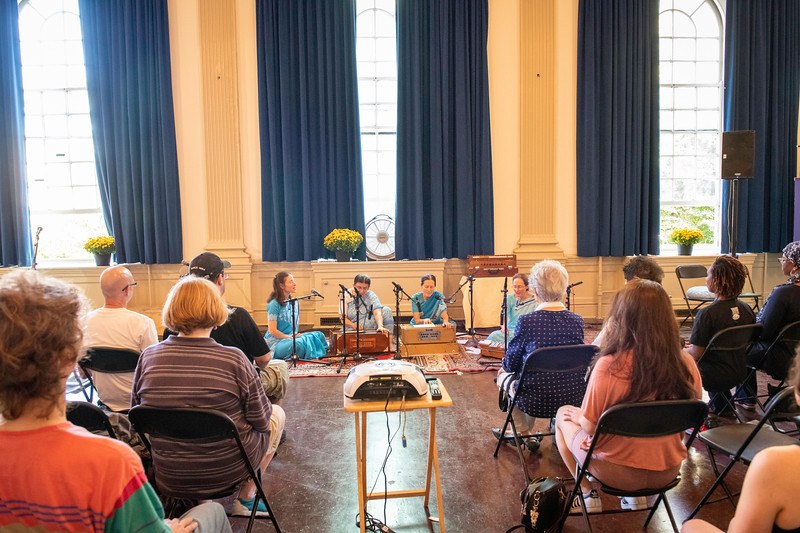 20190929_Lets Meditate Philly_17.jpg