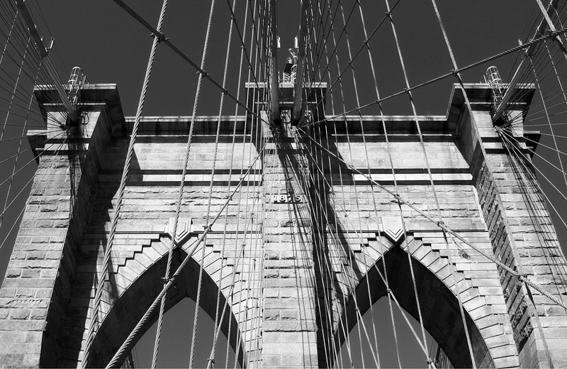 Brooklyn Bridge BEST BW TM-2.jpg