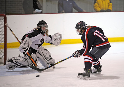 LA girls' hockey v. St. George's