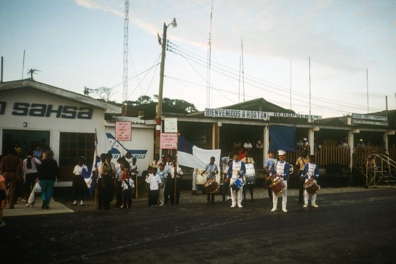 1989 Roatan Honduras Mission Trip-0038.jpg