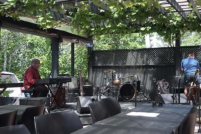 Rawlins Cross play at Jost Vineyards, Malagash :  Saturday 15 July 2017