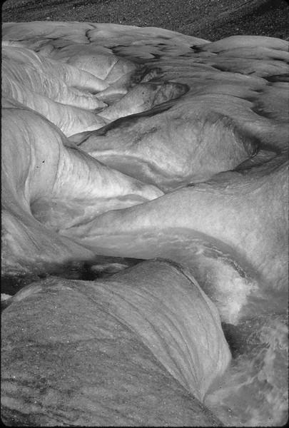 V89-34-1Athabasca Glacier canada ps-.jpg