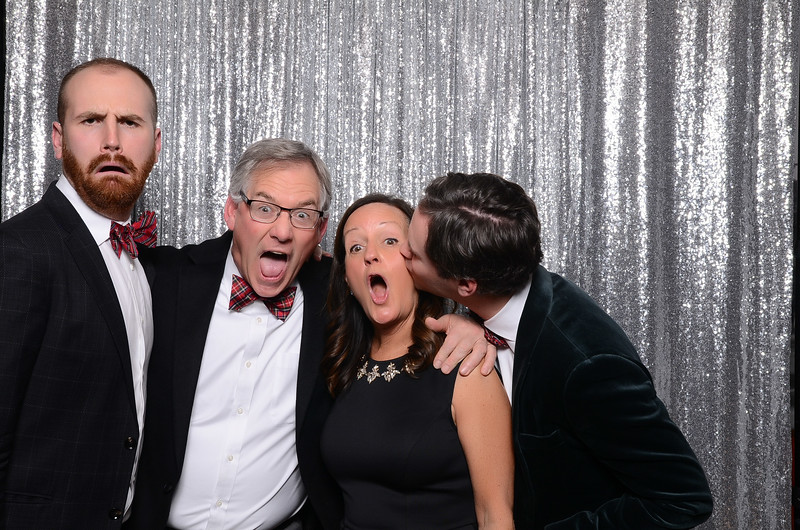 nwg residential holiday party 2017 photography-0080.jpg