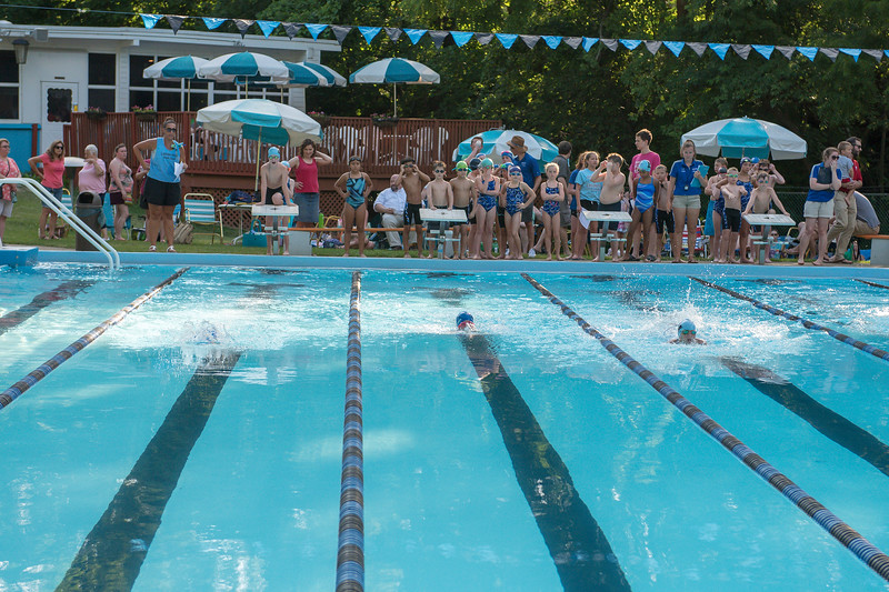 lcs_swimming_kevkramerphoto-010.jpg