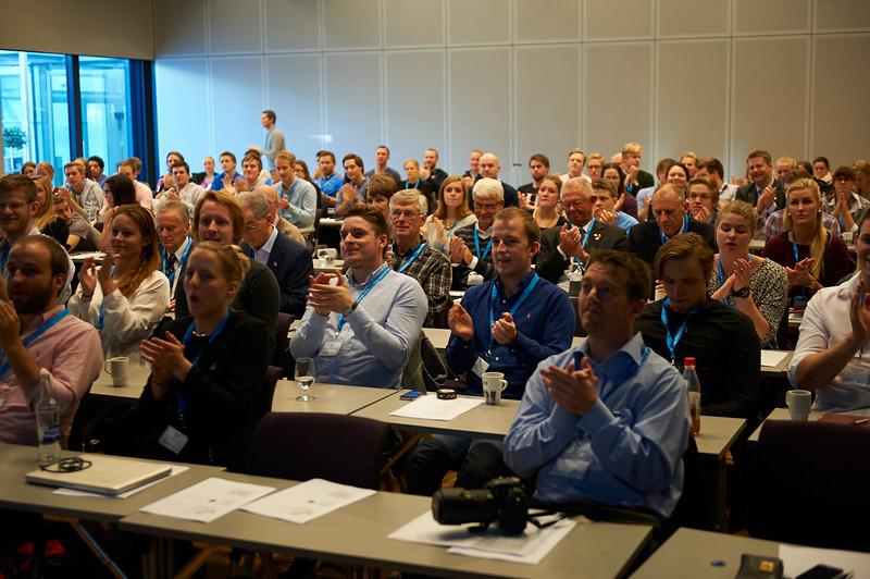 NSI 100 år deltakere Foto Håvard Schei.jpg