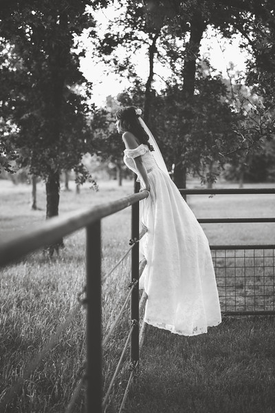 LAUREN SIBLEY {BRIDALS 2016}-129.jpg