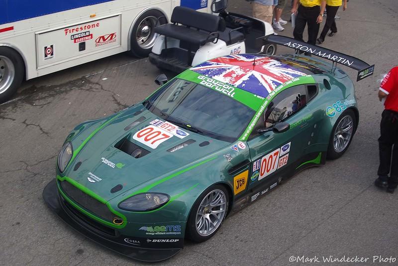 GT2-Aston Martin V8 Vantage