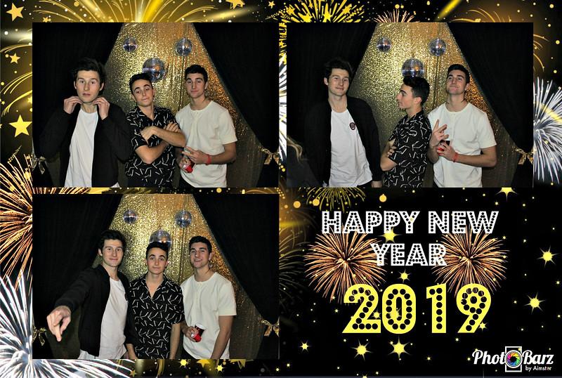 New Years 2019 Photobooth Pics (6).jpg