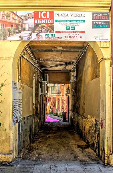 08_19 nice passageway DSC04117_Vibrant.jpg