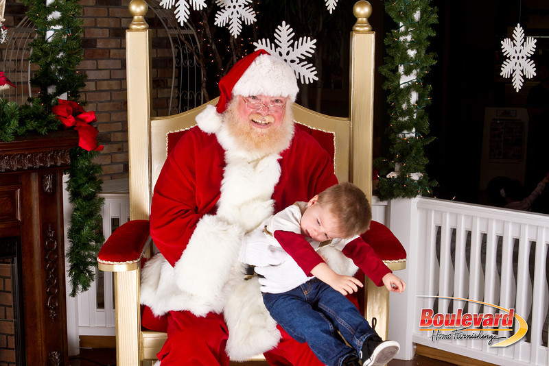Santa Dec 8-266.jpg