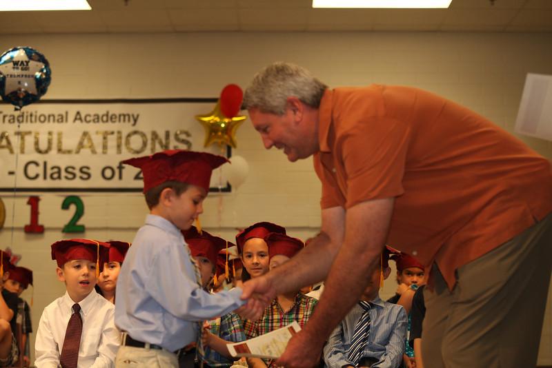 2012May18_MTA Kinder Grad_9679.JPG