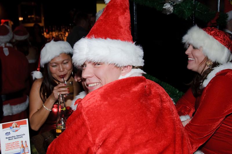 2009 ALS Santa Crawl-116.jpg