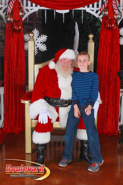 Santa 12-10-16-294.jpg