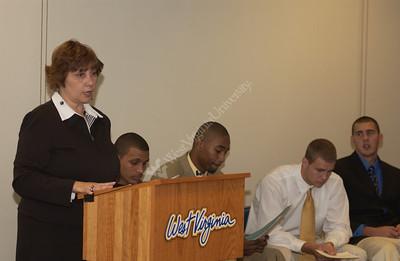 24371 Speaking To Communities Carolyn Atkins