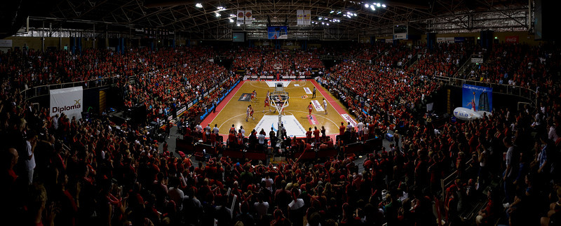 Perth Wildcats vs Hawkes Grand Final Game 1