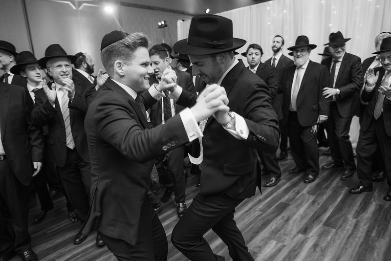 Miri_Chayim_Wedding_BW-731.jpg