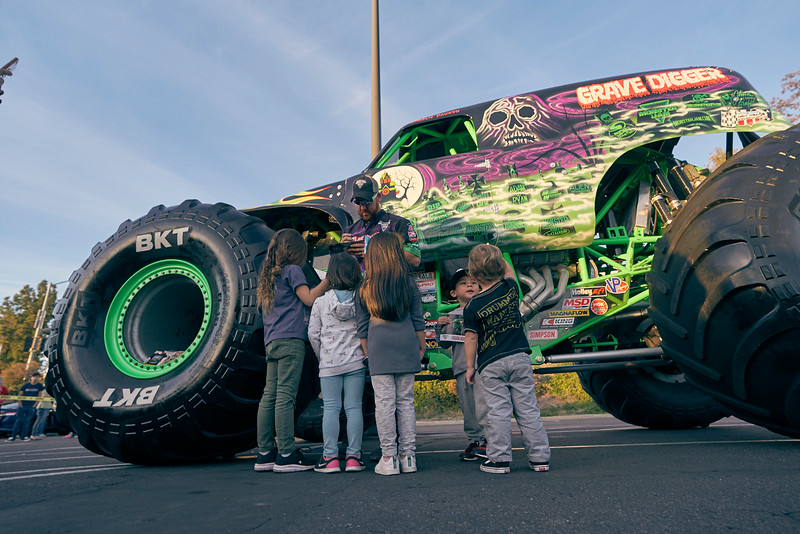 Grossmont Center Monster Jam Truck 2019 122.jpg