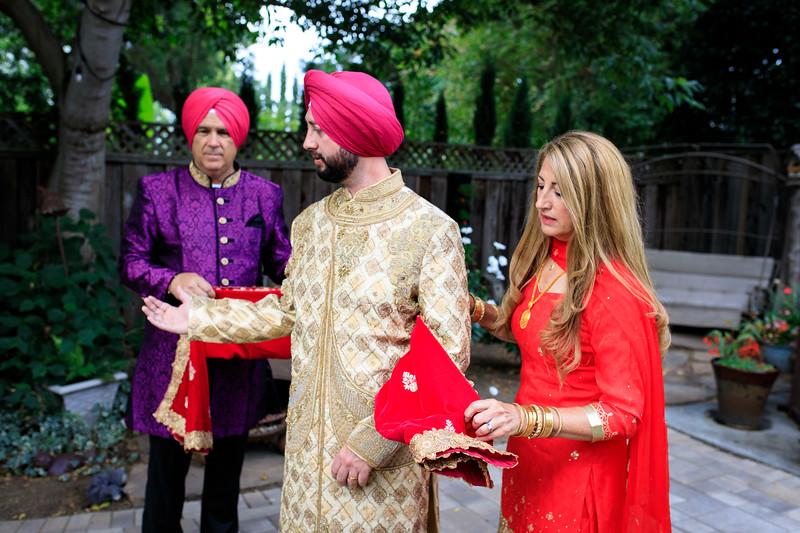 Neelam_and_Matt_Gurdwara_Wedding-1159.jpg