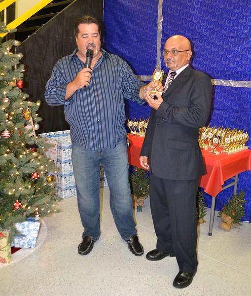 navidad party LAMA (306).jpg