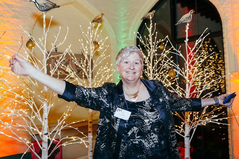 Mike Maney_Heritage Conservancy Christmas at Aldie 2018-171.jpg