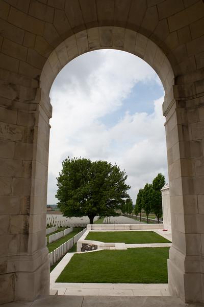 Ypres Tyne Cot Cemetery (38 of 123).jpg