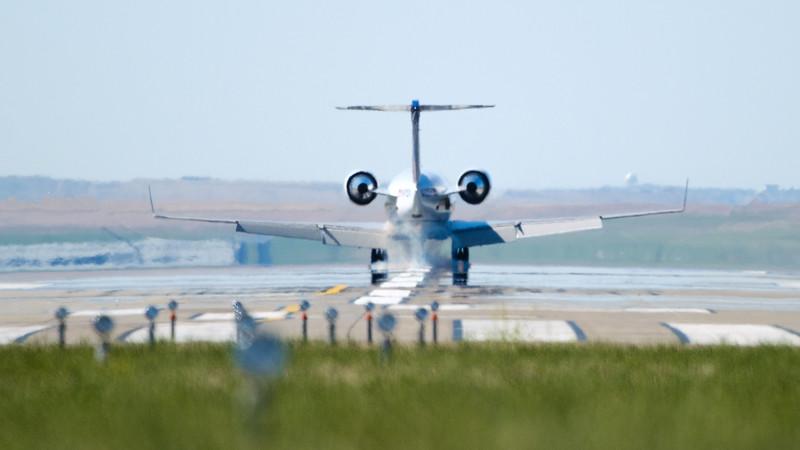 060520-Airfield-plane-184.jpg