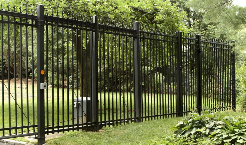 177 - 468775 - Greenwich CT - Iron World Fence