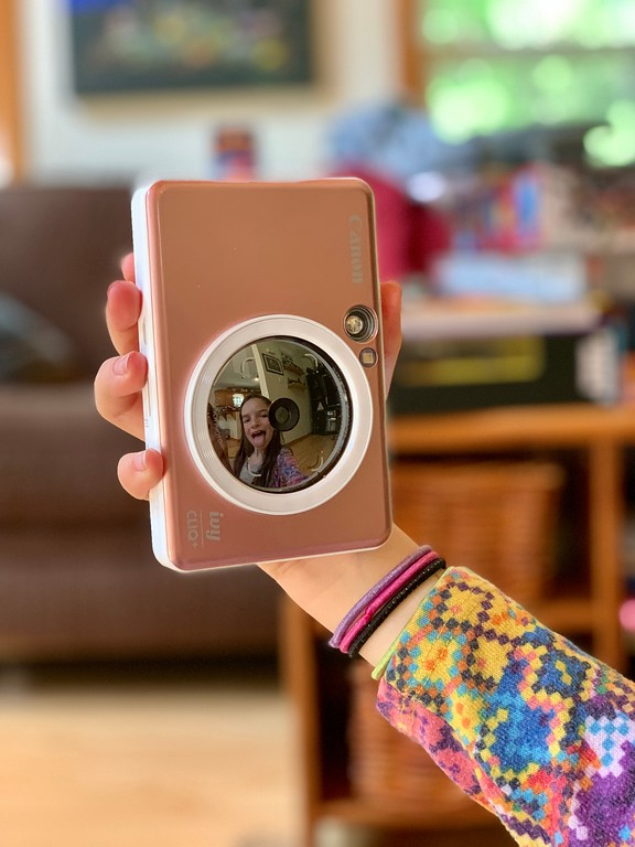 Time to capture your best summer memories with an IVY CLIQ /CLIQ+ Instant Print Camera. Makes for family-friendly fun! #ad @canonusa #canonIVY @BestBuy