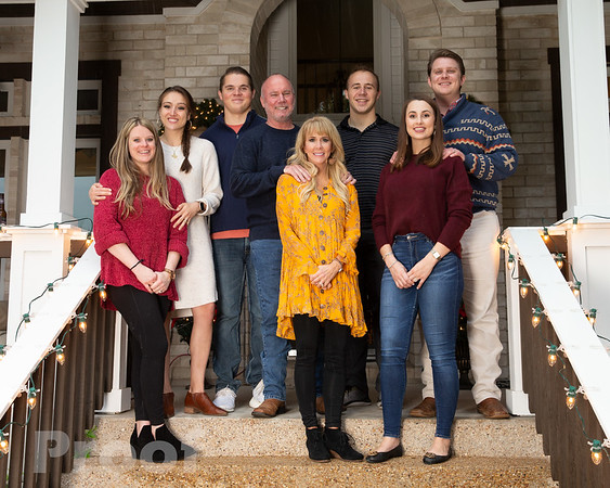 Elizabeth Neale Family Portraits Proofs Groups